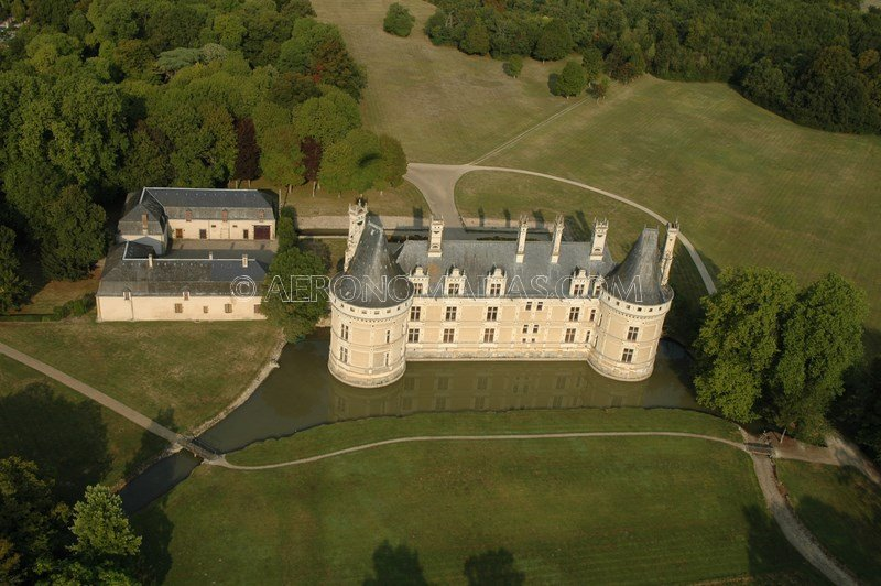 castillo levroux, francia
